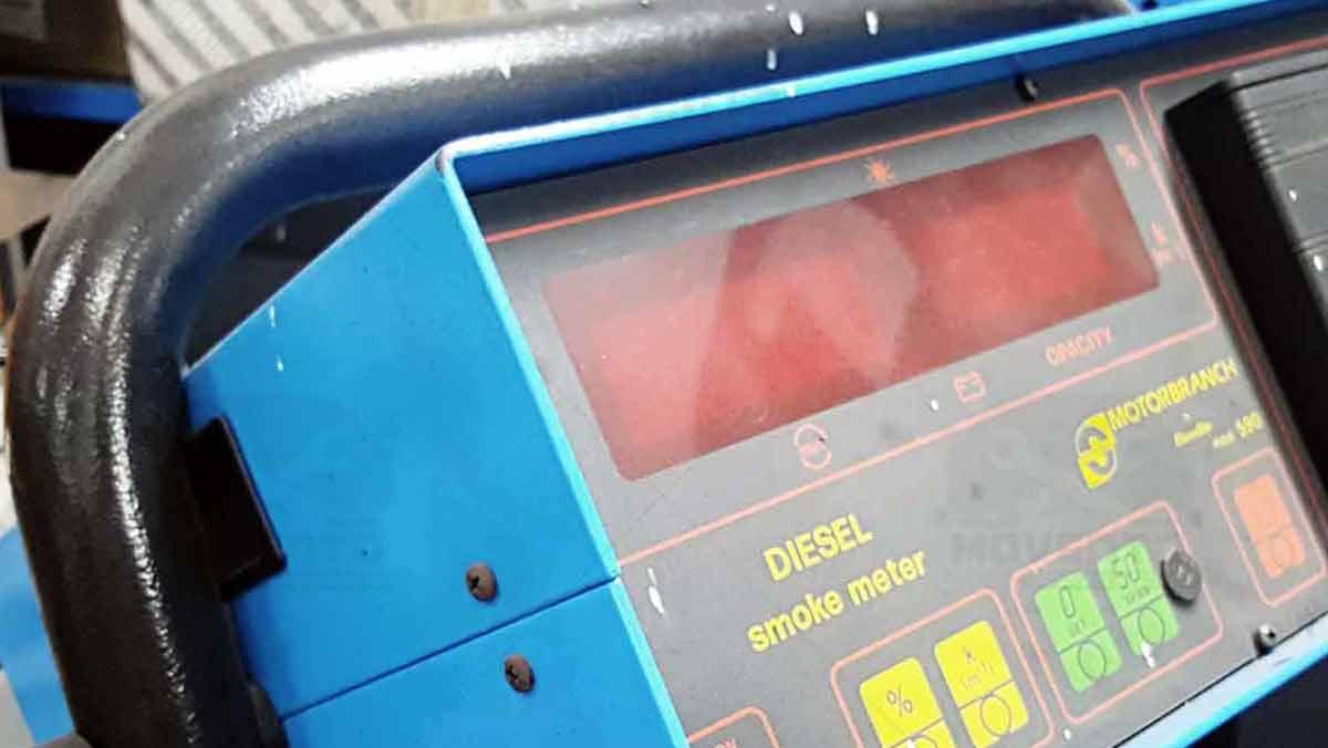 diesel-smoke-meter-analizzatore-tester-istituto-professionale-movento-sassari